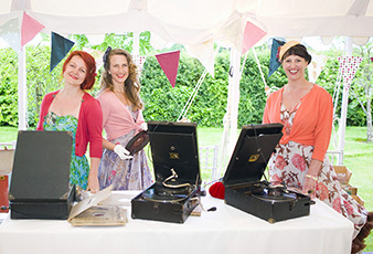 Gramophone DJs at Wedding